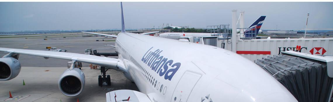 Lufthansa Flugzeug A340 - Premium Economy