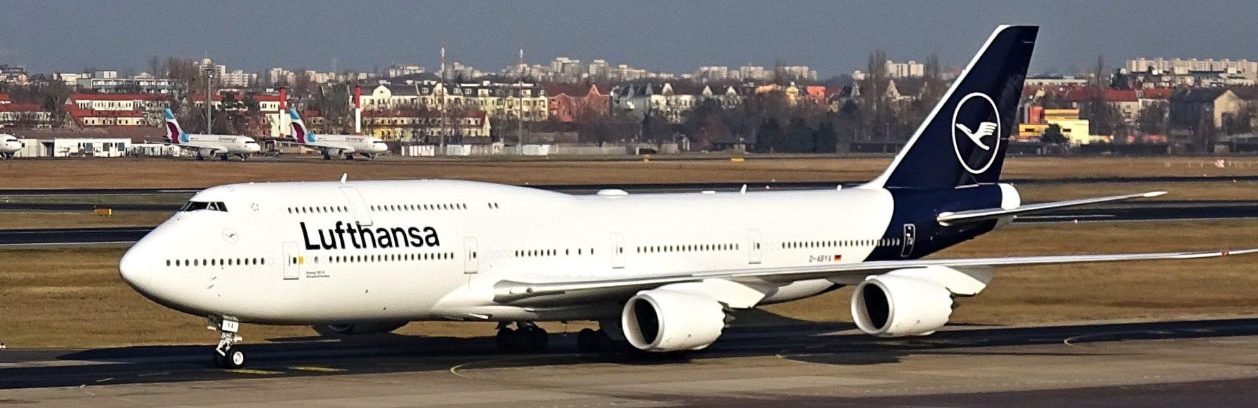 Lufthansa livery 2018 B747-8